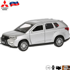 Diecast Vehicles Scale 1:36 Mitsubishi Outlander Model Toy Car