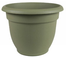 Fiskars 12 Inch Ariana Planter with Self-Watering Grid Thyme Green 20-56412 Pots