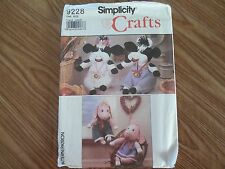 """New Simplicity Crafts Pattern 9228 13"""" Stuffed Boy/Girl Cow & Pig with Clothes"""