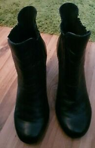 """FAITH BLACK LEATHER WESTERN STYLE BOOTS UK 7 IN LOVELY CONDITION 3.5"""" HEEL"""