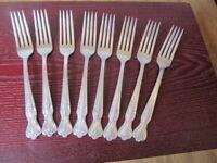 IS MAGNOLIA Set of 8 Dinner Forks Wm Rogers Vintage Silverplate Flatware Lot B