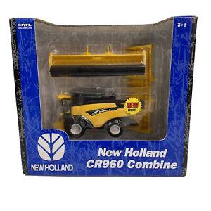 New Holland CR960 Combine Ertl Die-Cast Metal 1/64