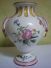 Petit vase en faïence de Gien décor de Marseille XIXe