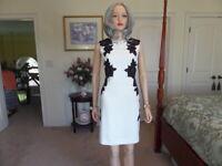 Tahari Ivory W/ Black Lace Roses Embellishment Sheath Dress Size 4P