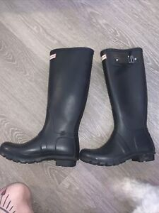 Hunter 1681960192 Tall Snow Boots for Women, Size 7-  Black