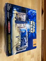Star Wars Episode 1 Podracer Hangar Bay with Pit Droid Mechanic NiB Action Fleet
