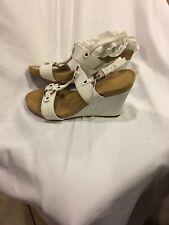 Aerosoles Womens Plush Hour Wedge Sandals 8.5 White Tan Wedges Shoes Heels Comfy