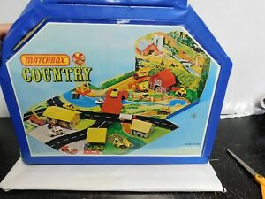 Vintage Matchbox COUNTRY 1977 fold out blue case playset w/ accessories as shown