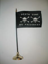 "Death Zone No Prisoners Jolly Roger Pirate Flag 4""x6"" Desk Set Gold Base"