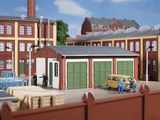 Auhagen 11438 -  Warehouse  HO Gauge Plastic Kit  T48 Post
