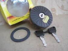 NOS WASO FIAT 125 127 128 131 X/19 LANCIA Beta HPE Spyder Delta LOCKING FUEL CAP