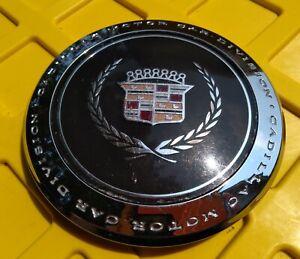 Cadillac Deville Fleetwood center cap 1989-1993 part number 25613716 01