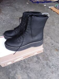 NEW Kendall + Kylie Women's Hunt2 Combat Boot, Black size 10