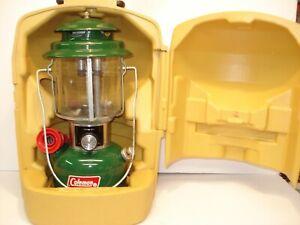 SUPER CLEAN COLEMAN 220 J DOUBLE MANTLE LANTERN W/ CLEAN PLASTIC CASE  5/79