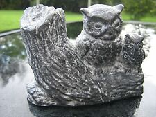 A WOLF ORIGINAL CANADA  fait a' la main  MOTHER AND BABY OWL FIGURINE
