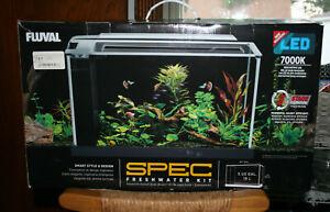 NEW FLUVAL SPEC Freshwater Fish Tank Kit Aquarium Glass White LED Desktop 5 GAL