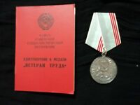 Military Russian Soviet Badge Medal Veteran Labour & Papers CCCP USSR WWII