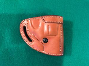 El Paso Saddlery J2 Leather Holster, Smith & Wesson J Frame Revolver, RH