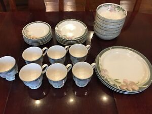 "Sango ""Evening Song"" china set 3706 - discontinued vintage collection"