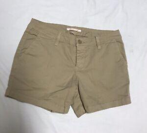 "Victoria's Secrets Women's Classic Shorts Khaki Tan Casual 4"" Size 6?"