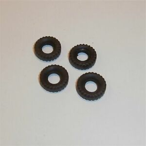 Triang Spot On Land Rover Tyres pack of 4 x 17mm Tires Pack #99