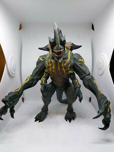 NECA Pacific Rim Kaiju Bundle - Deluxe Trespasser Axehead Knifehead Unboxed