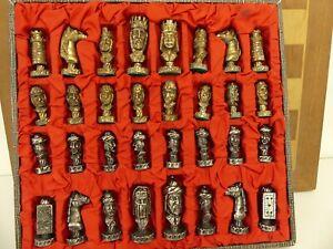 (ref288) Superb Pewter Chess Set Arabic Style