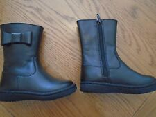 NWT toddler girl black boots. M&S. Bow detail. Size 7. M&S. RRP £30.00    (1/4)