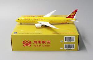 Hainan B787-9 Reg: B-7302 JC Wings Diecast models scale 1:400 KD4097