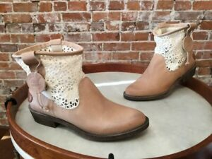 Coolway Flavia Beige Lace & Leather Romantic Western Ankle Boot 39 8 NEW