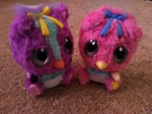 Hatchimals Twin Girls purple and pink working great condition