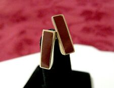 14K YELLOW GOLD RECTANGULAR RED CARNELIAN INLAY STUDS EARRINGS 2.4 GRAMS