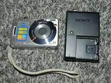 SONY CYBERSHOT MODEL DSC-W70 DIGITAL CAMERA with 7.2 MEGAPIXELS + CHARGER