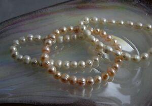 Süsswasser Zuchtperlen Armband elastisch Perlweiß oval oder rund goldlachs rund