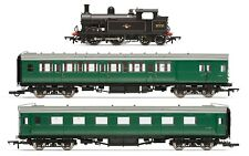 Hornby R3512, Wainwright H Class 0-4-4T Late BR Train Pack - Limited Edition