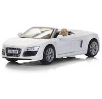 MAISTO Special Edition AUDI R8 SPYDER 1:24 Scale WHITE Die Cast Metal Car