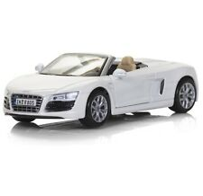 MAISTO Special Edition AUDI R8 SPYDER 1:24 Scale WHITE Die Cast Metal Car