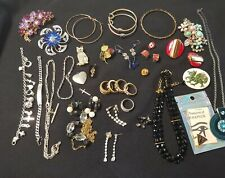 Bulk Lot Costume Jewellery Approx 40 pieces Mostly Vintage