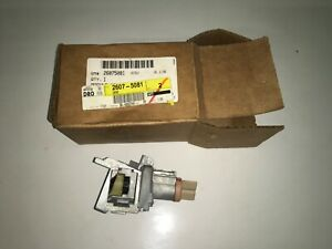 NOS GM 02 03 04 05 06 07 08 09 Trailblazer Ignition Lock Housing 26075081