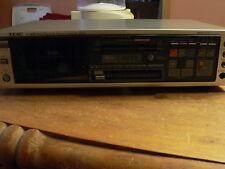 Vintage 1980s TEAC V-90R Auto Reverse Cassette Deck