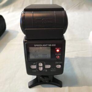 Nikon SB-600 Autofocus Speedlight Flash Black