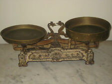 1850-1899 Hungary cast iron balance scale Roberval Beranger system copper trays