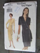 Very Easy Vogue Pattern 8976 Dress, Top & Skirt Sizes:14 - 16 - 18 NEW