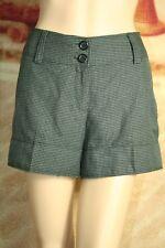Womens H & M shorts black gray herringbone cuffed size 8