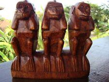 3 singes de la sagesse sculptés en bois le secret du bonheur artisanat feng shui