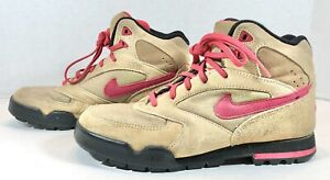 Womens Vintage Nike Hiking Boots Tan Suede Pink 921202 T3 Size 9 EUC Ships Fast