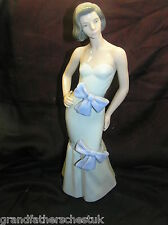 NAO BY LLADRO FIGURINE ELEGANT LADY SOPHISTICATION WEARING DRESS WITH BOWS 1216