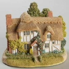 Lilliput Lane Camomile Lawn #668 *Nwc* Retired and Rare *Fs*