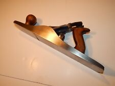 Record No 5½ wood plane. Woodworking tools.