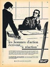 PUBLICITE ADVERTISING 035 1960  BIC   stylo cartouche à réaction